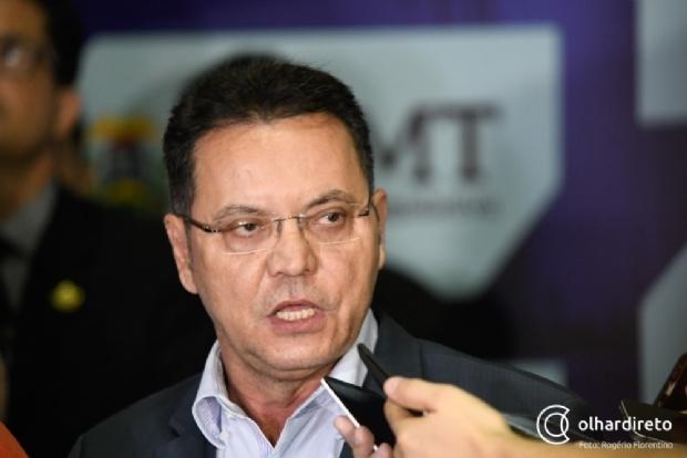 """""""Medeiros não tem tamanho para brigar com o governador"""", diz Botelho ao rebater acusação"""