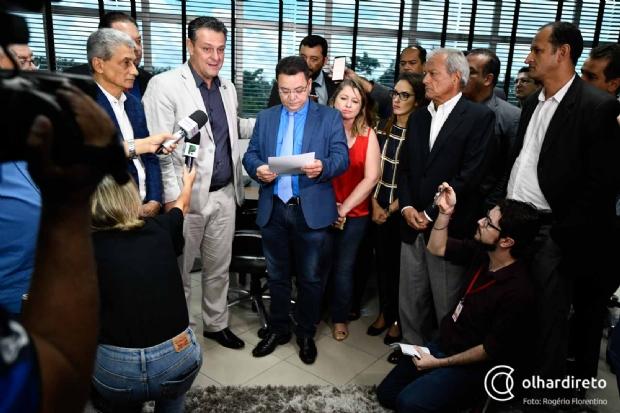 Eduardo Botelho fez a leitura da renúncia e mandou publicar no Diário Oficial do Estado