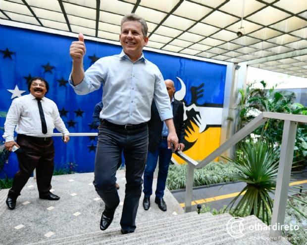 Mendes põe empresário na Casa Civil, ex-Silval na Segurança e mantém secretária de Taques