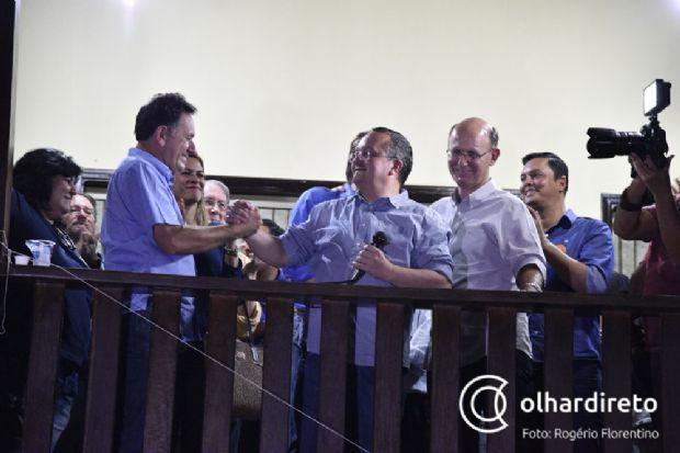 Nilson Leitão, presidente do PSDB, ao lado do governador Pedro Taques, candidato natural à reeleição
