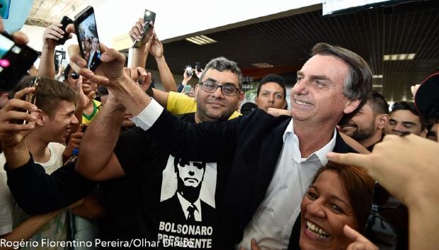 """""""Estão nadando contra a correnteza"""", diz apoiadora sobre movimento de mulheres contra Bolsonaro"""