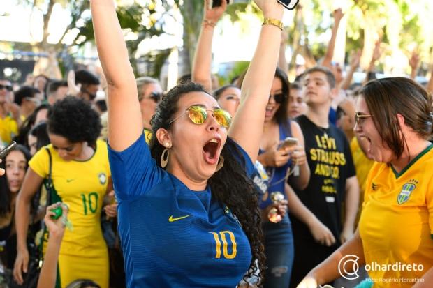 Torcida explode em Cuiabá com 2 a 0 sobre a Sérvia e classificação do Brasil em 1º;  fotos