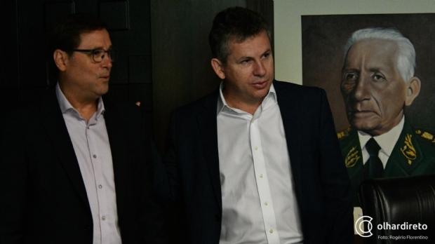 Secretário de Mendes liga 'metralhadora' contra Emanuel e desafia prefeito a renunciar o cargo