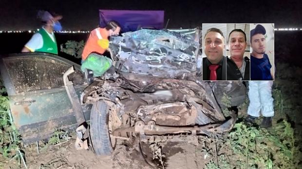 Empresário e dois funcionários morrem em colisão entre Fiat Strada e carreta