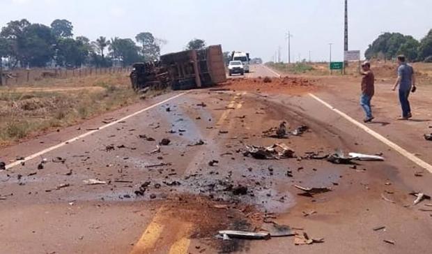 Homem morre em colisão entre carro e caminhão na MT-423