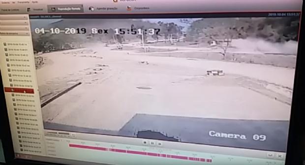 Vídeo mostra acidente em que homem teve perna arrancada e outra dilacerada;  veja