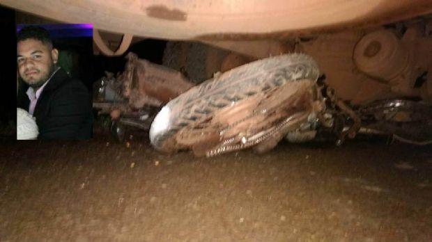 Empresário cai na pista e é atropelado por caminhão na BR-364; moto ficou presa debaixo de veículo
