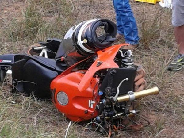Empresário retornava de passeio motociclístico e sofreu acidente em uma curva