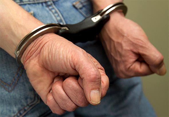 O pastor está preso suspeito de violentar a própria filha
