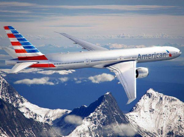 Companhia aérea comemora sucesso de rota Manaus-Miami