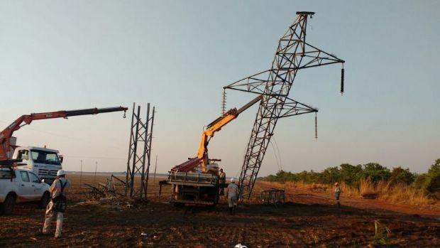 Após mais de 20 horas, fornecimento de energia a 50 mil residências é restabelecido