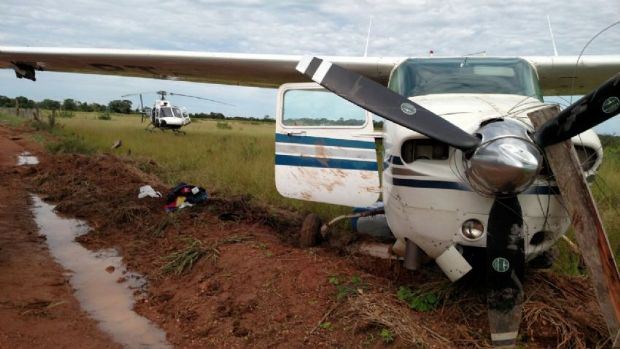 PF prende seis membros de quadrilha que teve avião interceptado pela FAB em MT