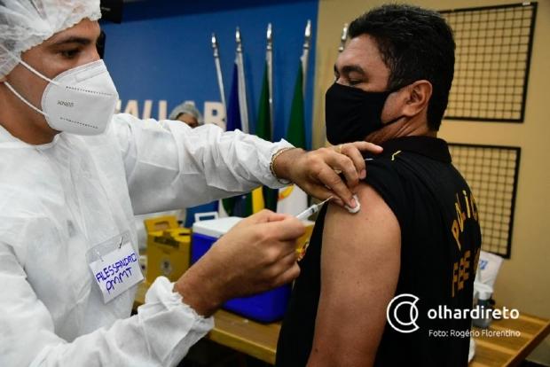 Mais 1.400 servidores da Segurança Pública serão vacinados no sábado