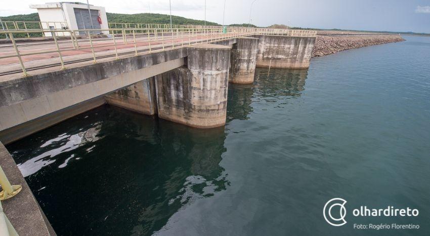Nível de água no Manso é um dos mais baixos desde inauguração da usina, que tem gerado apenas 17% da capacidade