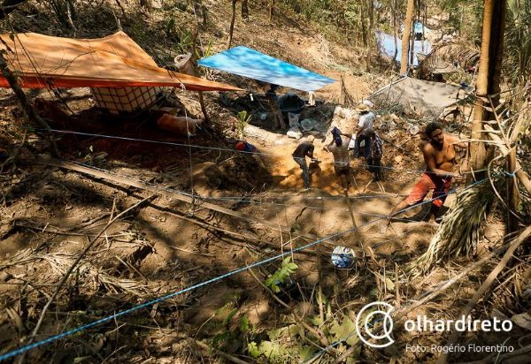 Preocupada com 'superlotação', ALMT cria comissão para visitar garimpo em Mato Grosso