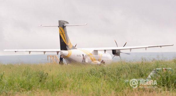 Ao tentar pousar, avião atinge lavoura de soja e cerca em Mato Grosso