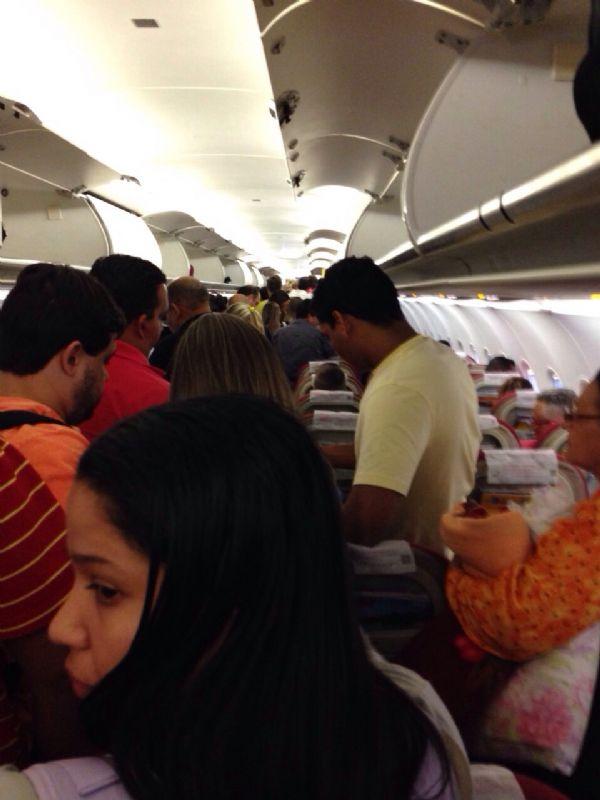 Passageiro relata pânico após avião da TAM decolar de Cuiabá e perder altitude: