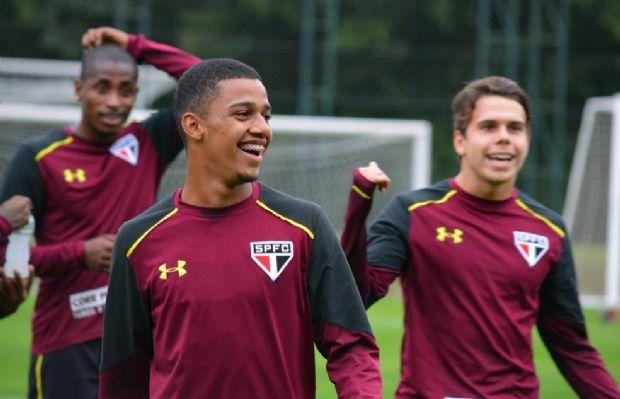 Cuiabano renova contrato com o São Paulo e multa rescisória sobe para R$ 186 milhões