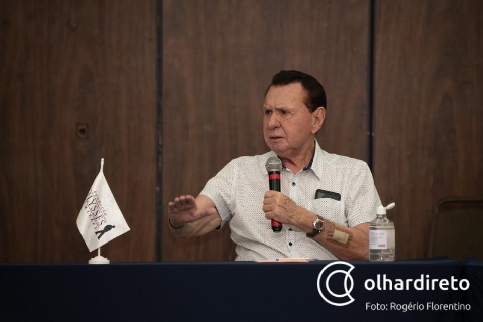 """Bezerra critica radicalização entre Lula e Bolsonaro: """"Brasil está deixando de cuidar das coisas fundamentais"""""""