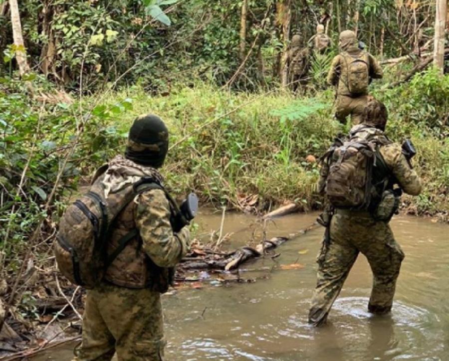 Mortos em confronto com o Bope, bandidos do 'Novo Cangaço' estavam com roupas militares;  veja vídeo