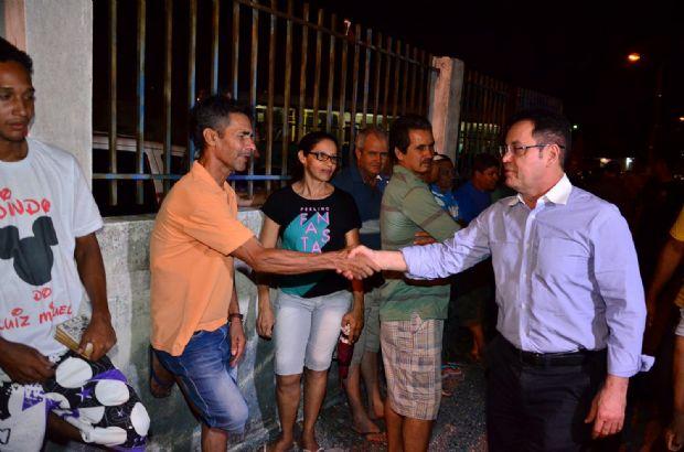 Botelho assegura regularização fundiária de mais de mil famílias do bairro Renascer
