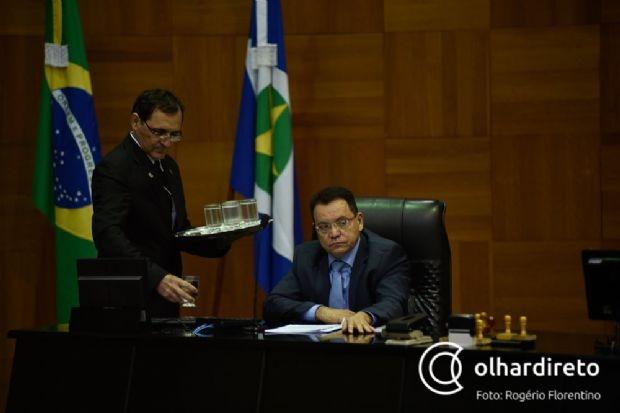 Botelho quer colocar empréstimo de US$ 332,6 milhões em votação amanhã e busca consenso