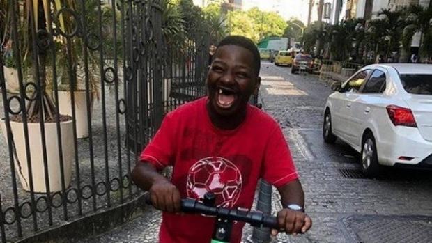 Fenômeno na internet, 'Bunitinho' morre baleado em operação do Bope no Rio de Janeiro