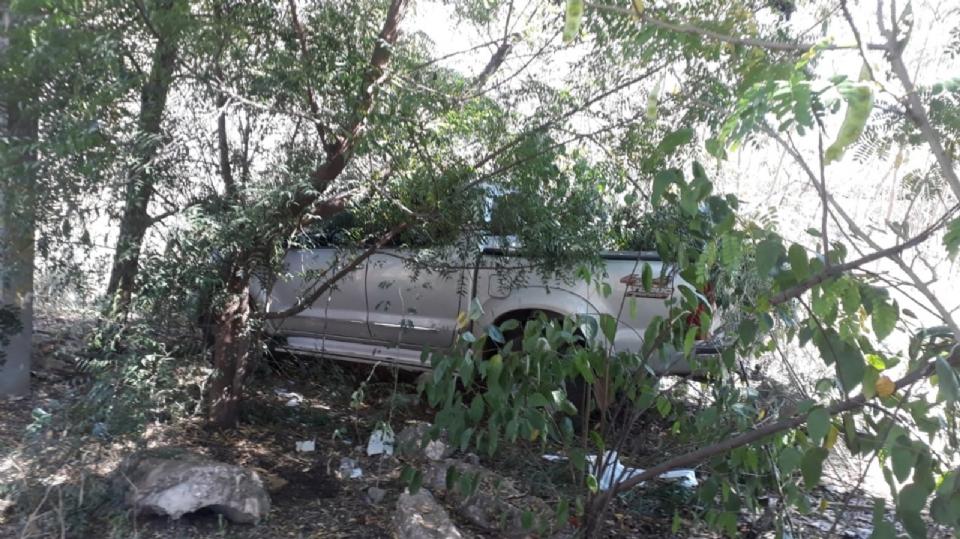 Bandidos armados invadem casa de família e roubam Hilux; veículo foi encontrado pela Guarda Municipal