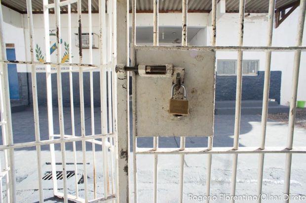 Condenado a 14 anos por homicídio e tentativa é preso após retornar a Cuiabá