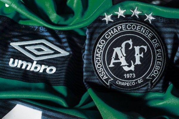 Em reconstrução após tragédia, Chapecoense empresta dois jogadores do Luverdense