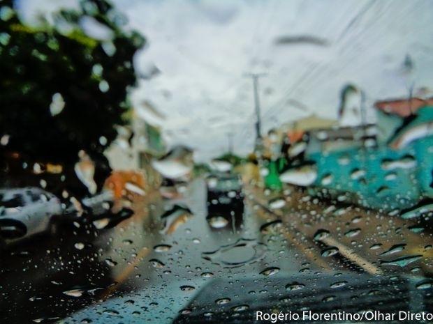 Final de semana será com pancadas de chuva e mínima de 23ºC