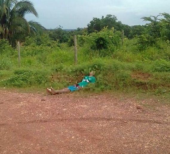 Corpo de jovem é encontrado em matagal com disparo de arma de fogo na testa