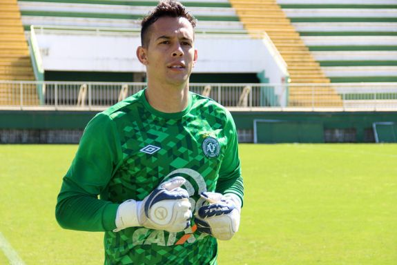Danilo do Chapecoense morre no hospital