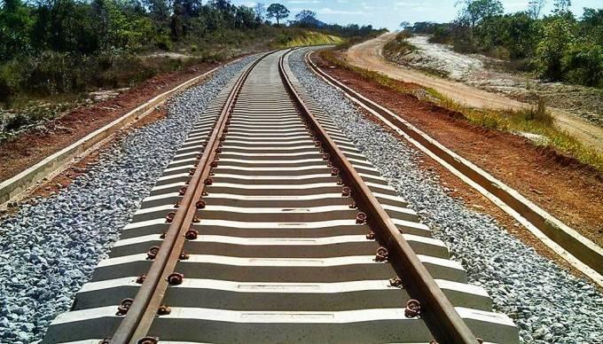 Nova licença permite mobilização para construção de 380 km de ferrovia entre Goiás e Mato Grosso