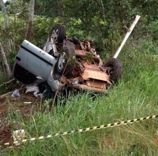 Esposa e filho de policial morrem em acidente; filha de 10 anos fica gravemente ferida