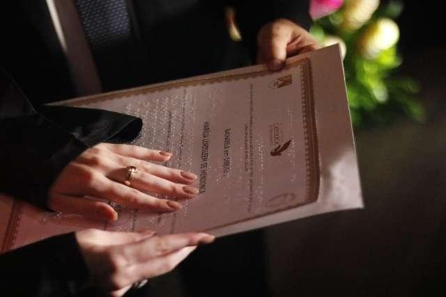 Certidão em Braille