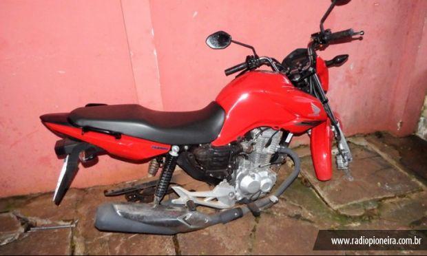 Seis pessoas furtam e desmancham motocicleta em frente à Delegacia em Mato Grosso