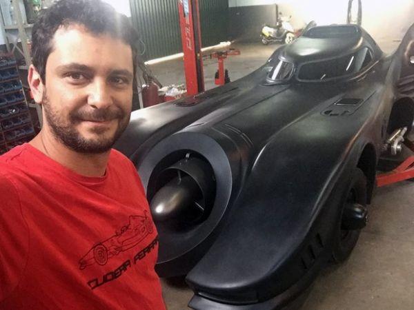 Rafael Reston afirma que levou quatro anos para concluir batmóvel