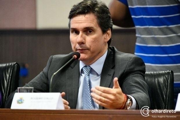 Em audiência pública, Gallo mostra aumento do ICMS e alfineta Emanuel por crítica à isenção de IPVA