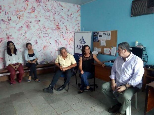 Guilherme Maluf visita a AMDE e propõe ação integrada para melhorar atendimento