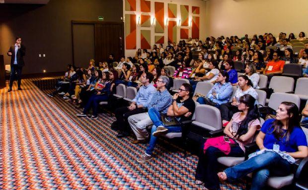 Avanços e desafios no tratamento de câncer são debatidos em Cuiabá