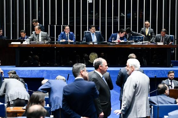 Aprovada no Senado, divisão de recursos do pré-sal trará R$ 400 milhões para MT