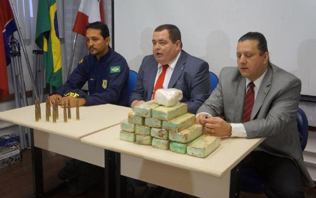 Estudante de enfermagem de MT é presa na BA com droga avaliada em R$ 375 mil e munições para derrubar avião