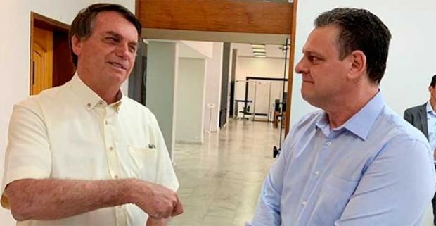 Fávaro é único de MT a assinar pedido alternativo para tirar Bolsonaro do foco de CPI