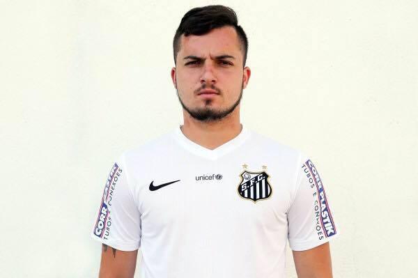 Ex-promessa do Santos, jogador de Mato Grosso relata ter sofrido assédio sexual na base do clube