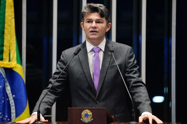 Senador José Medeiros deixa o PPS e pode disputar Prefeitura de Rondonópolis