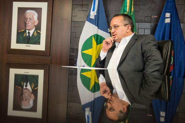 "Decreto de Taques antecipa recadastramento de servidores e inclui aposentados e pensionistas no ""raio-x"""