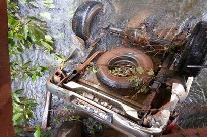 Empresário do ramo de transportes morre depois de perder controle de Land Rover e cair de ponte