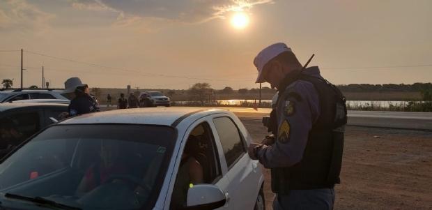 Blitz da Lei Seca prende cinco motoristas e autua 47 em Várzea Grande