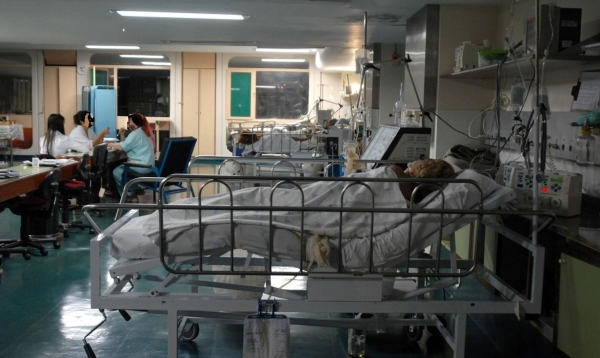 Em colapso, Saúde pede auxílio a outros Estados para transferência de pacientes com Covid-19